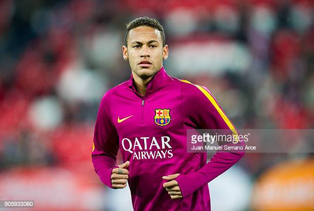Neymar of FC Barcelola looks on prior to the start the Copa del Rey Quarter Final First Leg match between Athletic Club and FC Barcelola at San Mames...
