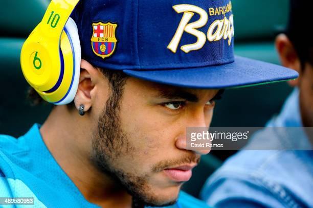 Neymar of FC Barcelona looks on prior to the La Liga match between Elche FC and FC Barcelona at Estadio Manuel Martinez Valero on May 11 2014 in...