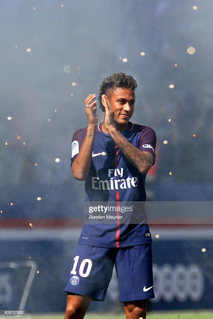 Paris Saint Germain V Amiens - Ligue 1
