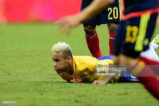Neymar player of Brazil goes to ground after a challenge by Macnelly Torres player of Colombia during 2018 FIFA World Cup Russia qualification match...