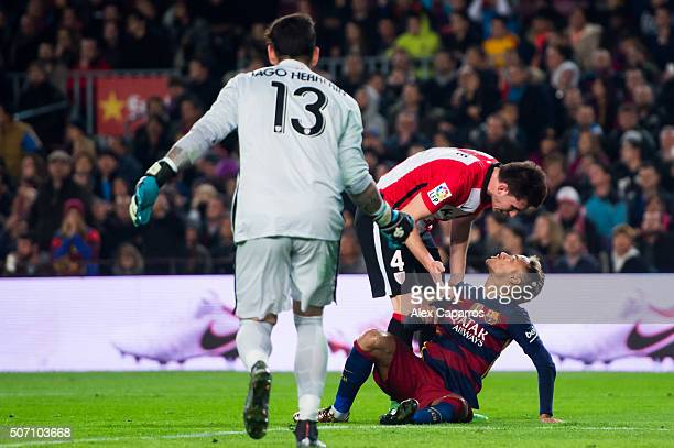 Neymar Santos Jr of FC Barcelona argues with Aymeric Laporte of Athletic Club during the Copa del Rey Quarter Final Second Leg between FC Barcelona...