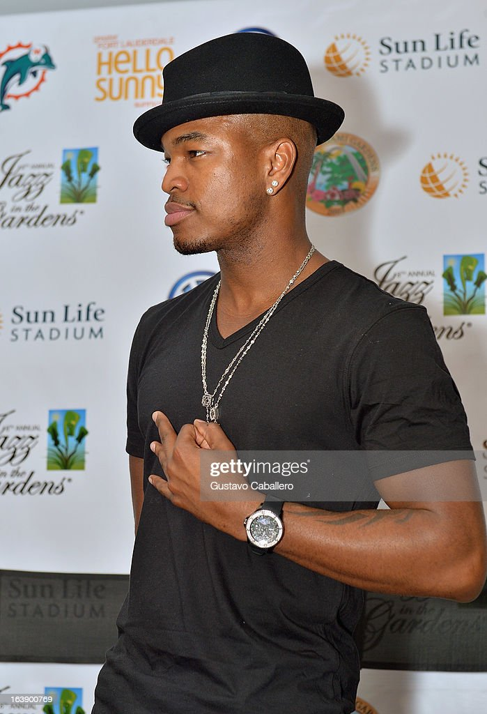 Ne-Yo attends the 8th Annual Jazz in the Gardens Day 2 at Sun Life Stadium presented by the City of Miami Gardens on March 17, 2013 in Miami Gardens, Florida.