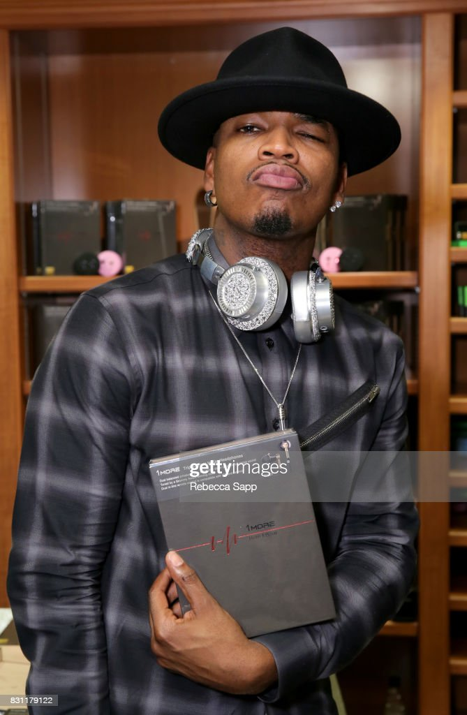 Ne-Yo attends the Backstage Creations Celebrity Retreat at Teen Choice 2017 - Day 2 at Galen Center on August 13, 2017 in Los Angeles, California.