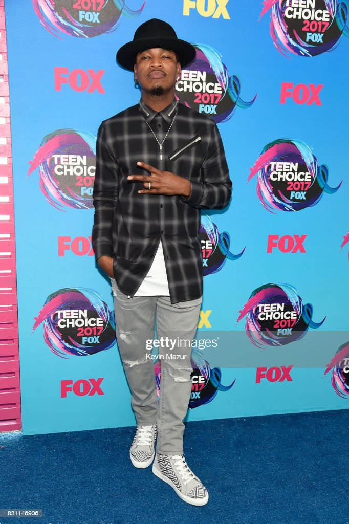 Ne-Yo attends the Teen Choice Awards 2017 at Galen Center on August 13, 2017 in Los Angeles, California.