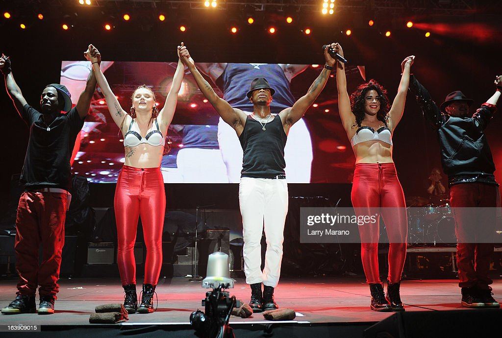 <a gi-track='captionPersonalityLinkClicked' href=/galleries/search?phrase=Ne-Yo&family=editorial&specificpeople=451543 ng-click='$event.stopPropagation()'>Ne-Yo</a> performs at the 8th Annual Jazz in the Gardens Day 2 at Sun Life Stadium presented by the City of Miami Gardens on March 17, 2013 in Miami Gardens, Florida.