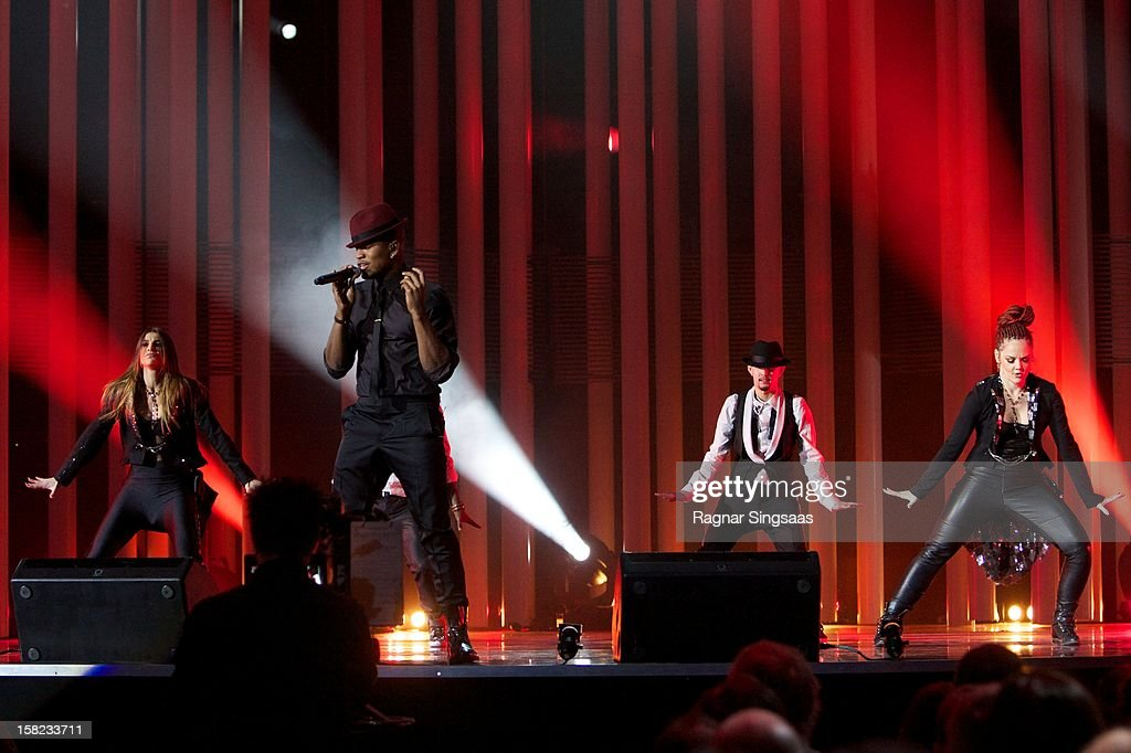 <a gi-track='captionPersonalityLinkClicked' href=/galleries/search?phrase=Ne-Yo&family=editorial&specificpeople=451543 ng-click='$event.stopPropagation()'>Ne-Yo</a> performs at the Nobel Peace Prize Concert at Oslo Spektrum on December 11, 2012 in Oslo, Norway.
