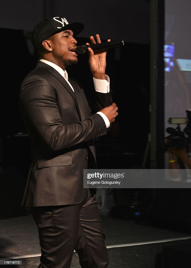 <a gi-track='captionPersonalityLinkClicked' href=/galleries/search?phrase=Ne-Yo&family=editorial&specificpeople=451543 ng-click='$event.stopPropagation()'>Ne-Yo</a> performs at the The Compound Foundation 2nd Annual 'Fostering A Legacy' Benefit Hosted By Ne-YO & Mission BIG on August 17, 2013 in East Hampton, New York.