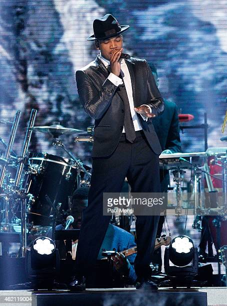 NeYo performs during the The BET Honors 2015 at the Warner Theatre on January 24 2015 in Washington DC