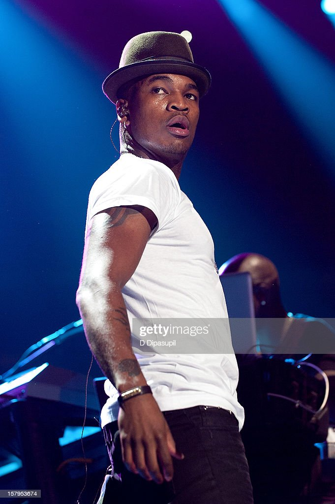 <a gi-track='captionPersonalityLinkClicked' href=/galleries/search?phrase=Ne-Yo&family=editorial&specificpeople=451543 ng-click='$event.stopPropagation()'>Ne-Yo</a> performs during Z100's Jingle Ball 2012 presented by Aeropostale at Madison Square Garden on December 7, 2012 in New York City.