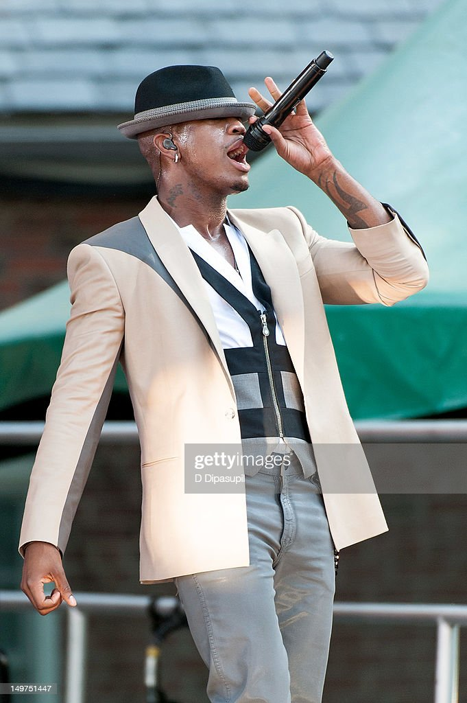Ne-Yo performs on ABC's 'Good Morning America' at Rumsey Playfield, Central Park on August 3, 2012 in New York City.