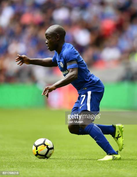Ngolo Kante of Chelsea controls the ball during the FA Community Shield between Chelsea and Arsenal at Wembley Stadium on August 6 2017 in London...