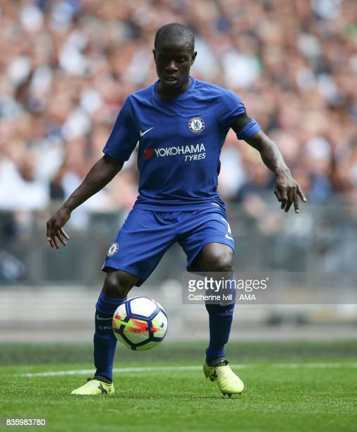 NÕgolo Kante of Chelsea during the Premier League match between Tottenham Hotspur and Chelsea at Wembley Stadium on August 20 2017 in London England