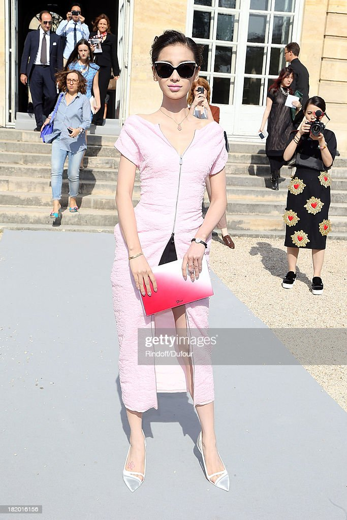 Ni Ni arrives Christian Dior show as part of the Paris Fashion Week Womenswear Spring/Summer 2014 on September 27, 2013 in Paris, France.
