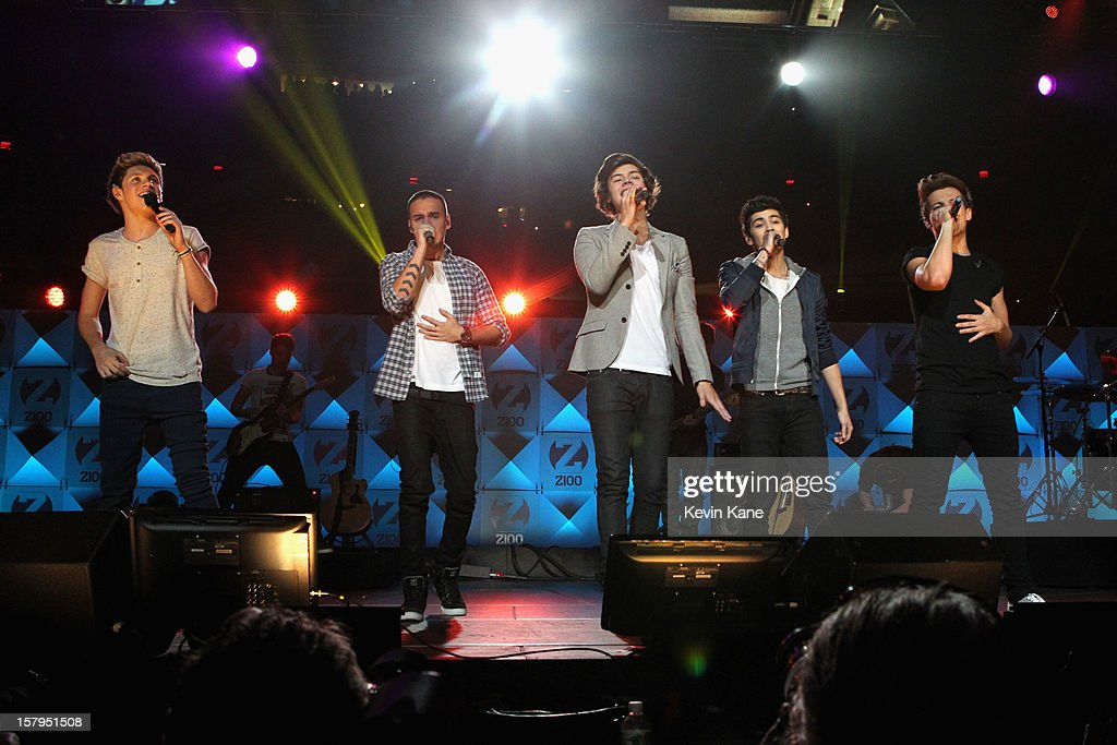 Niall Horan, Harry Styles, Liam Payne, Zayn Malik and Louis Tomlinson of One Direction performs onstage during Z100's Jingle Ball 2012, presented by Aeropostale, at Madison Square Garden on December 7, 2012 in New York City.