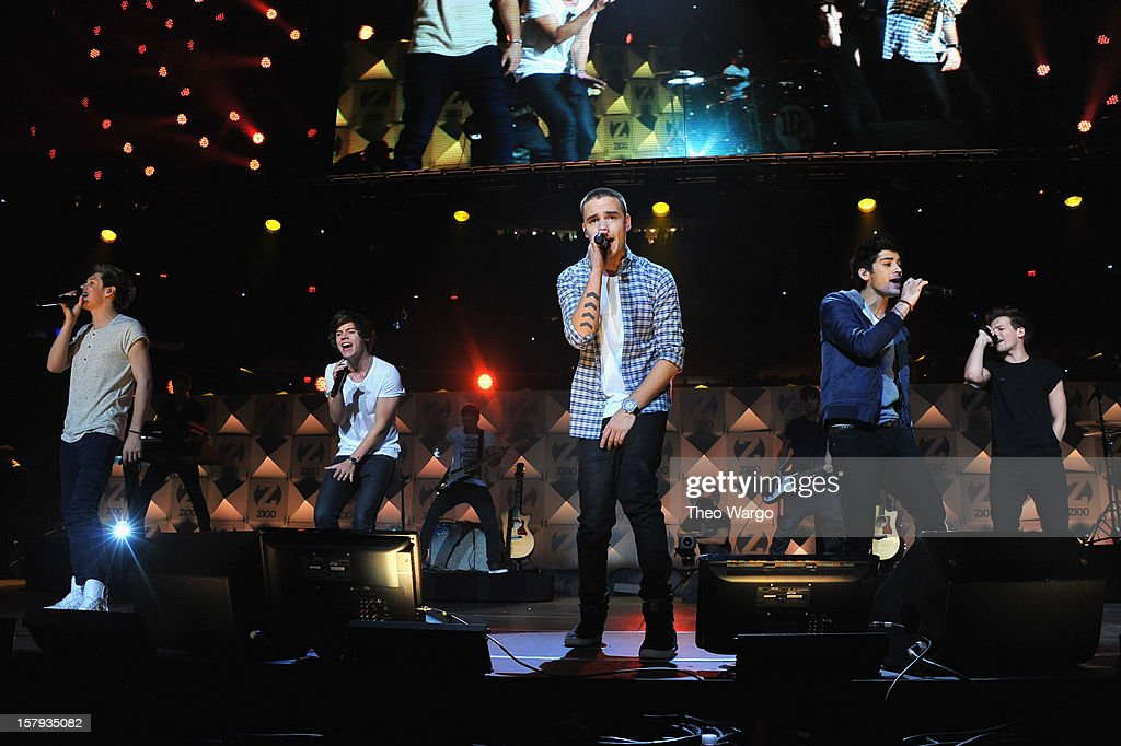 Niall Horan, Harry Styles, Liam Payne, Zayn Malik and Louis Tomlinson perform onstage during Z100's Jingle Ball 2012, presented by Aeropostale, at Madison Square Garden on December 7, 2012 in New York City.