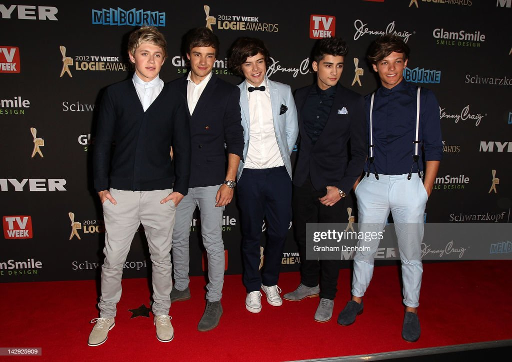 <a gi-track='captionPersonalityLinkClicked' href=/galleries/search?phrase=Niall+Horan&family=editorial&specificpeople=7229827 ng-click='$event.stopPropagation()'>Niall Horan</a>, <a gi-track='captionPersonalityLinkClicked' href=/galleries/search?phrase=Liam+Payne&family=editorial&specificpeople=7235152 ng-click='$event.stopPropagation()'>Liam Payne</a>, <a gi-track='captionPersonalityLinkClicked' href=/galleries/search?phrase=Harry+Styles&family=editorial&specificpeople=7229830 ng-click='$event.stopPropagation()'>Harry Styles</a>, <a gi-track='captionPersonalityLinkClicked' href=/galleries/search?phrase=Zayn+Malik&family=editorial&specificpeople=7298822 ng-click='$event.stopPropagation()'>Zayn Malik</a> and <a gi-track='captionPersonalityLinkClicked' href=/galleries/search?phrase=Louis+Tomlinson&family=editorial&specificpeople=7235196 ng-click='$event.stopPropagation()'>Louis Tomlinson</a> of One Direction arrive at the 2012 Logie Awards at the Crown Palladium on April 15, 2012 in Melbourne, Australia.
