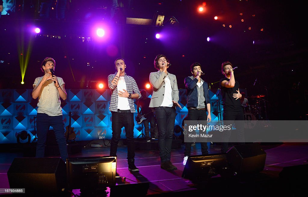 Niall Horan, Liam Payne, Harry Styles, Zayn Malik and Louis Tomlinson perform onstage during Z100's Jingle Ball 2012, presented by Aeropostale, at Madison Square Garden on December 7, 2012 in New York City.