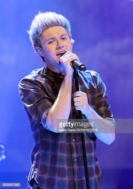 Niall Horan of One Direction performs onstage at Dick Clark's New Year's Rockin' Eve with Ryan Seacrest 2016 on December 31 2015 in Los Angeles CA