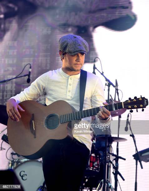 Niall Horan performs onstage during 1027 KIIS FM's 2017 Wango Tango at StubHub Center on May 13 2017 in Carson California