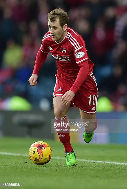 Niall McGinn of Aberdeen in action during the Scottish League Cup SemiFinal match between Dundee United and Aberdeen at Hampden Park on January 31...