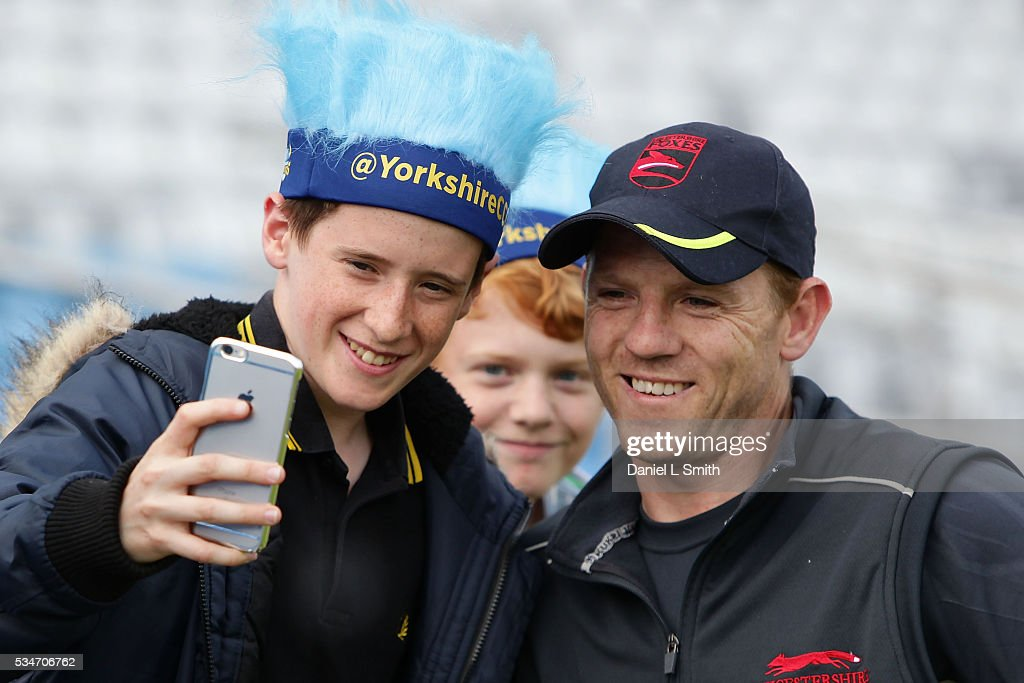 Niall O'Brien of Leicestershire Foxes poses for a photograph with fans prior the NatWest T20 Blast match between Yorkshire and Leicestershire at Headingley on May 27, 2016 in Leeds, England.