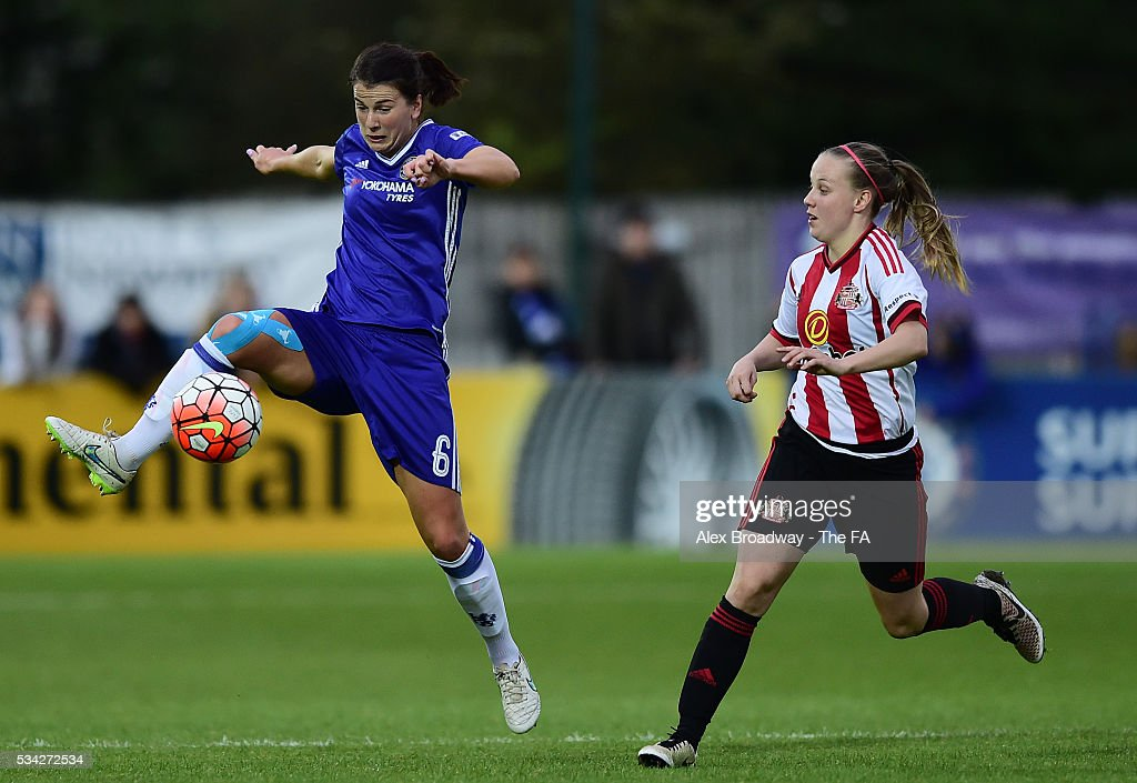 Niamh Fahey of Chelsea Ladies FC controls the ball as Beth Mead of Sunderland Ladies looks on during the FA WSL 1 match between Chelsea Ladies FC and Sunderland Ladies at Wheatsheaf Park on May 25, 2016 in Staines, England.