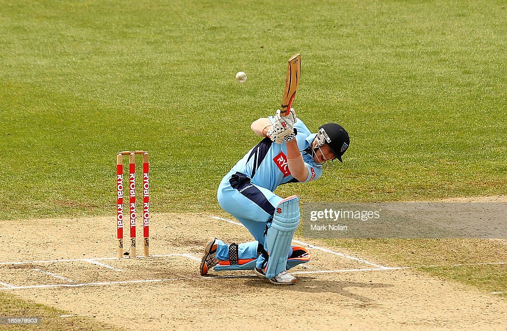 Nic Maddinson of the Blues bats during the Ryobi Cup Final match between the Queensland Bulls and the New South Wales Blues at North Sydney Oval on October 27, 2013 in Sydney, Australia.