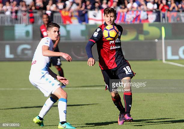 Niccolò Barella of Cagliari in action during the Serie A match between Cagliari Calcio and SSC Napoli at Stadio Sant'Elia on December 11 2016 in...
