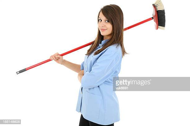 Nizza Reinigung lady mit einem Besen