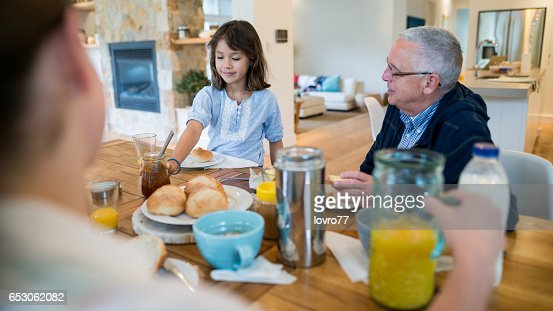 Nice conversation at breakfast : Stockfoto