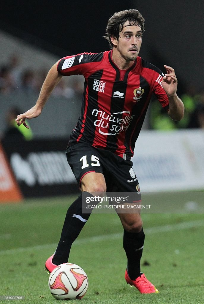 Nice's French defender Gregoire Puel runs with the ball during the French L1 football match Nice (OGCN) vs Bordeaux (FCGB) on August 23, 2014 at the Allianz Riviera stadium, in Nice, southeastern France.