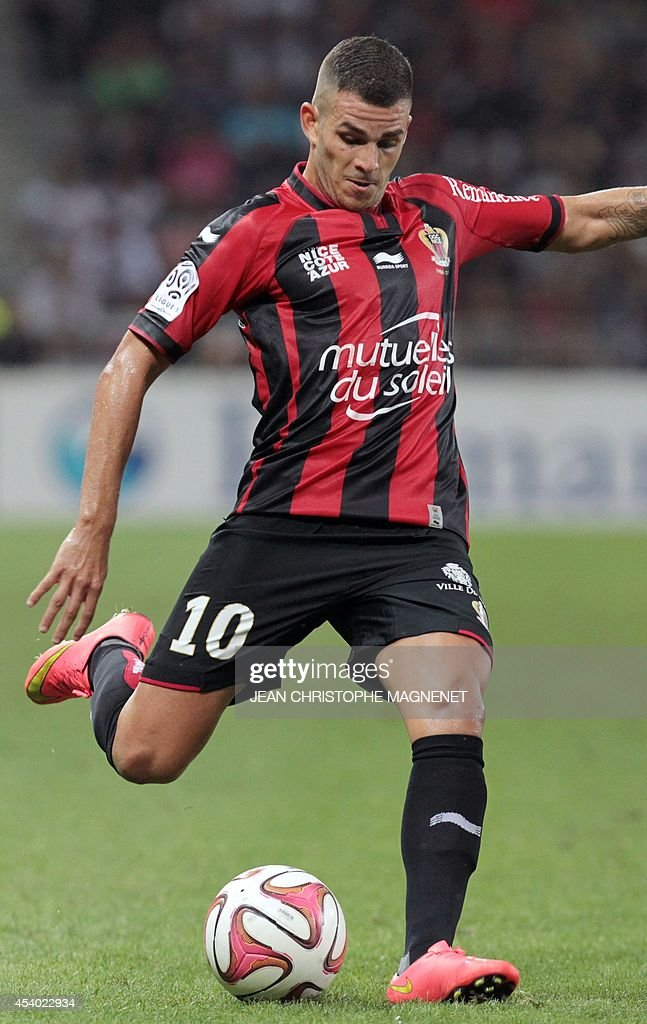 Nice's French midfielder Valentin Eysseric shoots the ball during the French L1 football match Nice (OGCN) vs Bordeaux (FCGB) on August 23, 2014 at the Allianz Riviera stadium, in Nice, southeastern France.