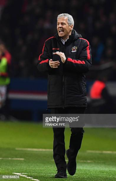 Nice's Swiss head coach Lucien Favre gestures during the French L1 football match between Paris SaintGermain and Nice at the Parc des Princes stadium...