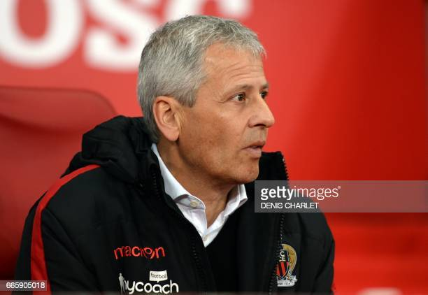 Nice's Swiss head coach Lucien Favre looks on during the French L1 football match between Lille and Nice at the PierreMauroy Stadium in Villeneuve...