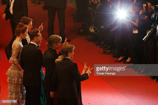 Nicholas Hamilton Samantha Isler Viggo Mortensen director Matt Ross Annalise Basso George MacKay and Charlie Shotwell attend the 'Personal Shopper'...