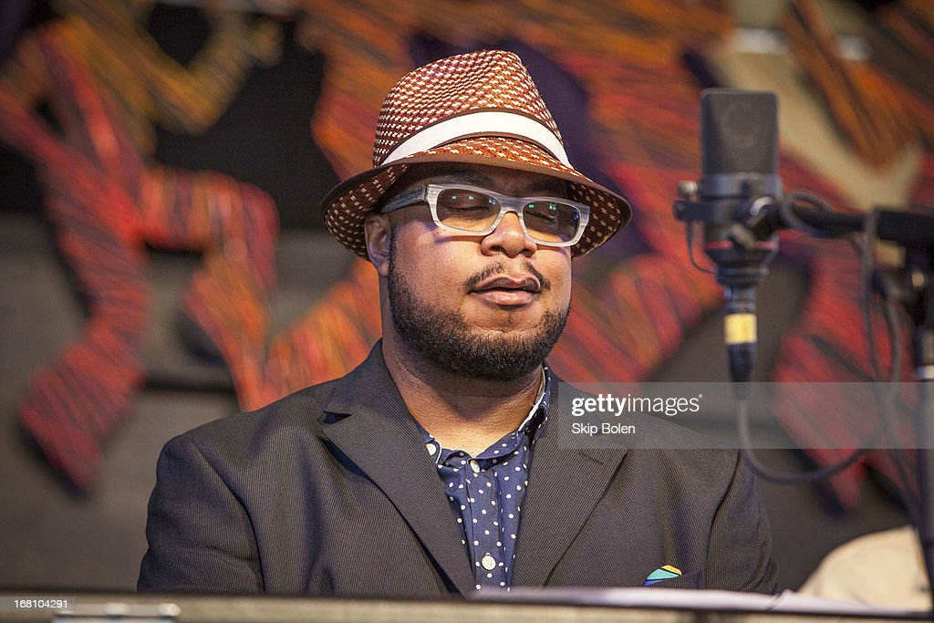 <a gi-track='captionPersonalityLinkClicked' href=/galleries/search?phrase=Nicholas+Payton&family=editorial&specificpeople=1517611 ng-click='$event.stopPropagation()'>Nicholas Payton</a> performs during the 2013 New Orleans Jazz & Heritage Music Festival at Fair Grounds Race Course on May 4, 2013 in New Orleans, Louisiana.