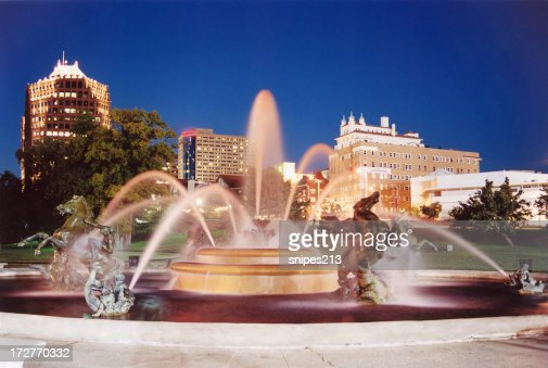 'JC Nichols Fountain, Kansas City'