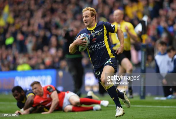 Nick Abendanon of Clermont Auvergne scores his team's second try during the European Rugby Champions Cup Final between ASM Clermont Auvergne and...