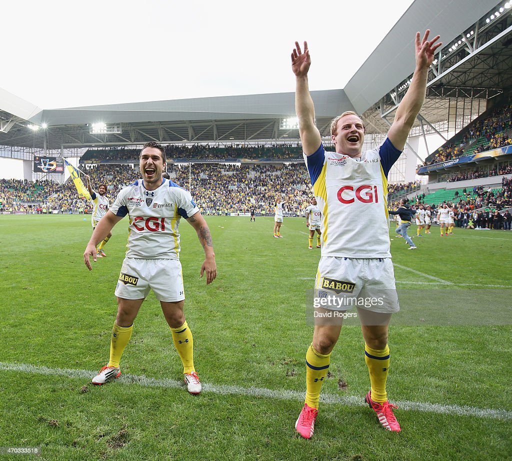 asm clermont auvergne v saracens european rugby champions cup nick abendanon r the clermont auvergne full back celebrates team mate ludovic