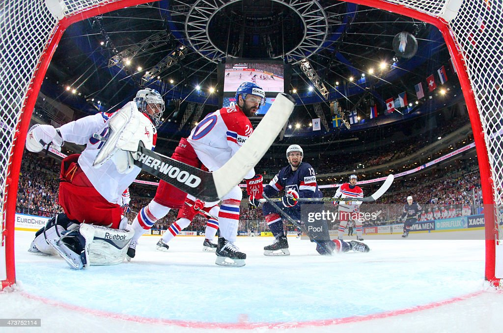 Nick Bonino #13 (R) of USA scores the opening goal during the 2015 IIHF Ice Hockey World Championship bronze medal game between Czech Republic and USA at the O2 Arena on May 17, 2015 in Prague, Czech Republic.