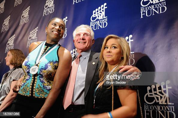Nick Buoniconti poses with Legends former WNBA Teresa Edwards and gymnast Shawn Johnson at the 28th Annual Great Sports Legends Dinner to Benefit The...
