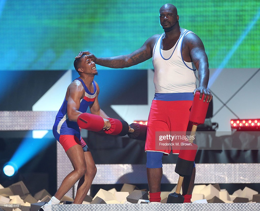 <a gi-track='captionPersonalityLinkClicked' href=/galleries/search?phrase=Nick+Cannon&family=editorial&specificpeople=202208 ng-click='$event.stopPropagation()'>Nick Cannon</a> (L) and Shaquille O' Neal perform during the 3rd Annual Cartoon Network's 'Hall Of Fame' Awards at the Barker Hangar on February 9, 2013 in Santa Monica, California.