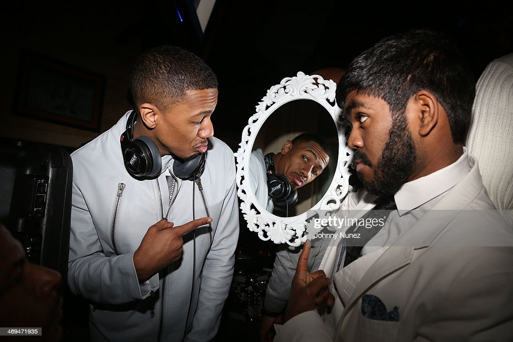 <a gi-track='captionPersonalityLinkClicked' href=/galleries/search?phrase=Nick+Cannon&family=editorial&specificpeople=202208 ng-click='$event.stopPropagation()'>Nick Cannon</a> (L) attends the Kenny 'The Jet' Smith all-star party during NBA All-Star Weekend 2014 at Metropolitan Nightclub on February 14, 2014 in New Orleans, Louisiana.