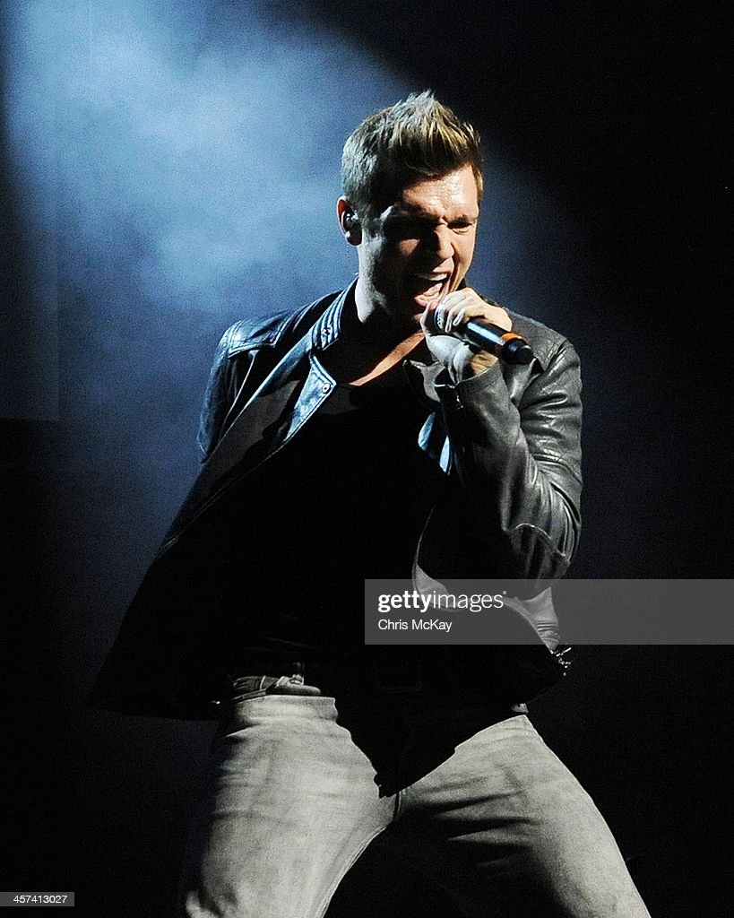 <a gi-track='captionPersonalityLinkClicked' href=/galleries/search?phrase=Nick+Carter&family=editorial&specificpeople=201755 ng-click='$event.stopPropagation()'>Nick Carter</a> of Backstreet Boys performs during the 2013 Star 94 Jingle Jam at Arena at Gwinnett Center on December 16, 2013 in Duluth, Georgia.