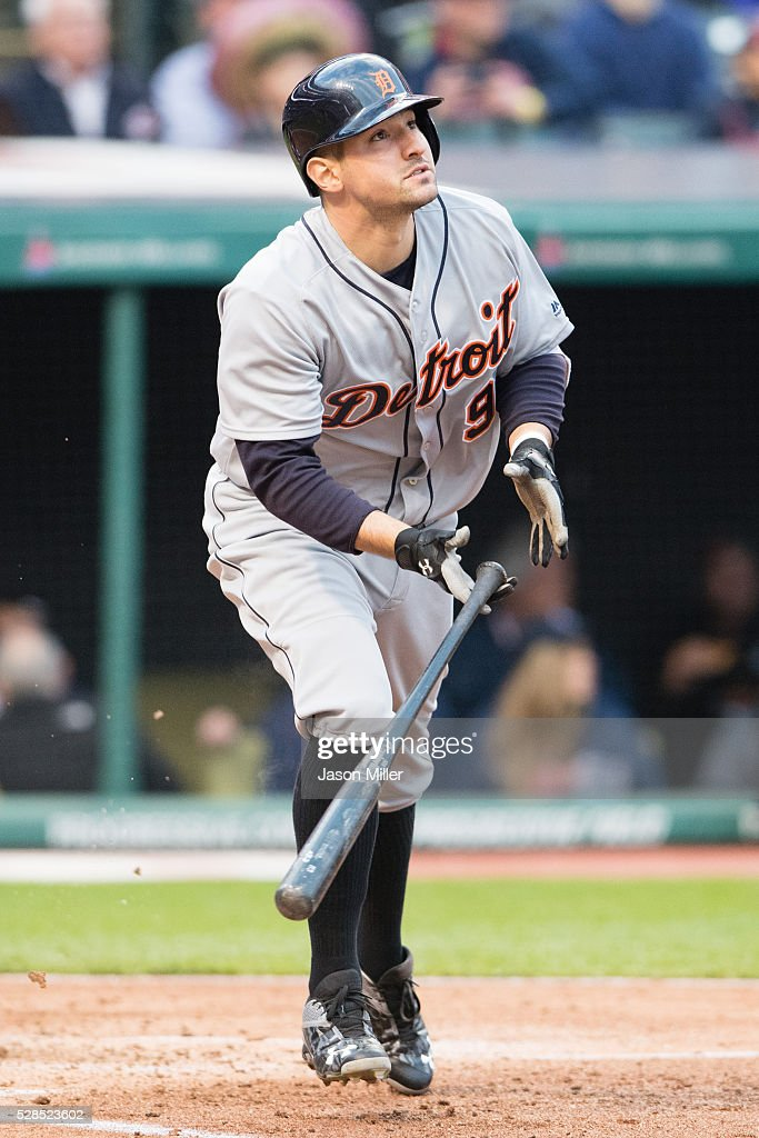 <a gi-track='captionPersonalityLinkClicked' href=/galleries/search?phrase=Nick+Castellanos&family=editorial&specificpeople=6129175 ng-click='$event.stopPropagation()'>Nick Castellanos</a> #9 of the Detroit Tigers hits a three run home run during the fourth inning against the Cleveland Indians at Progressive Field on May 5, 2016 in Cleveland, Ohio.