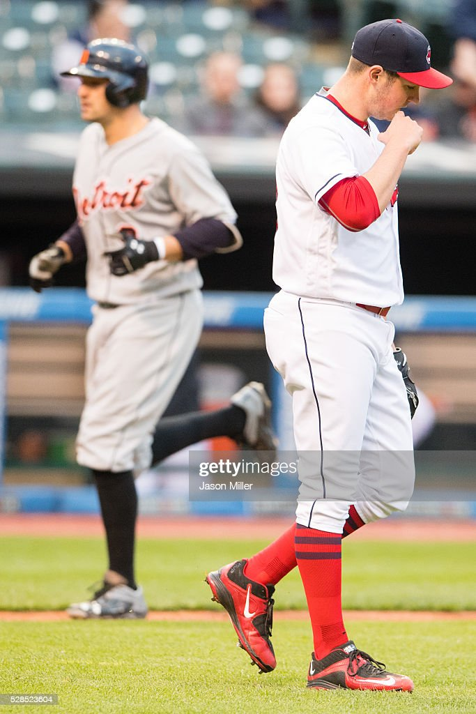 <a gi-track='captionPersonalityLinkClicked' href=/galleries/search?phrase=Nick+Castellanos&family=editorial&specificpeople=6129175 ng-click='$event.stopPropagation()'>Nick Castellanos</a> #9 of the Detroit Tigers rounds the bases after hitting a three run home run during the fourth inning off starting pitcher <a gi-track='captionPersonalityLinkClicked' href=/galleries/search?phrase=Trevor+Bauer+-+Baseball+Player&family=editorial&specificpeople=11364936 ng-click='$event.stopPropagation()'>Trevor Bauer</a> #47 of the Cleveland Indians at Progressive Field on May 5, 2016 in Cleveland, Ohio.