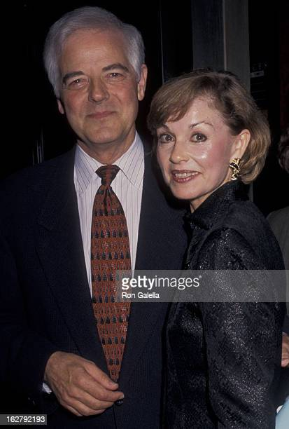 Nick Clooney and Nina Clooney attend the premiere of 'The Peacemaker' on September 22 1997 at the Ziegfeld Theater in New York City