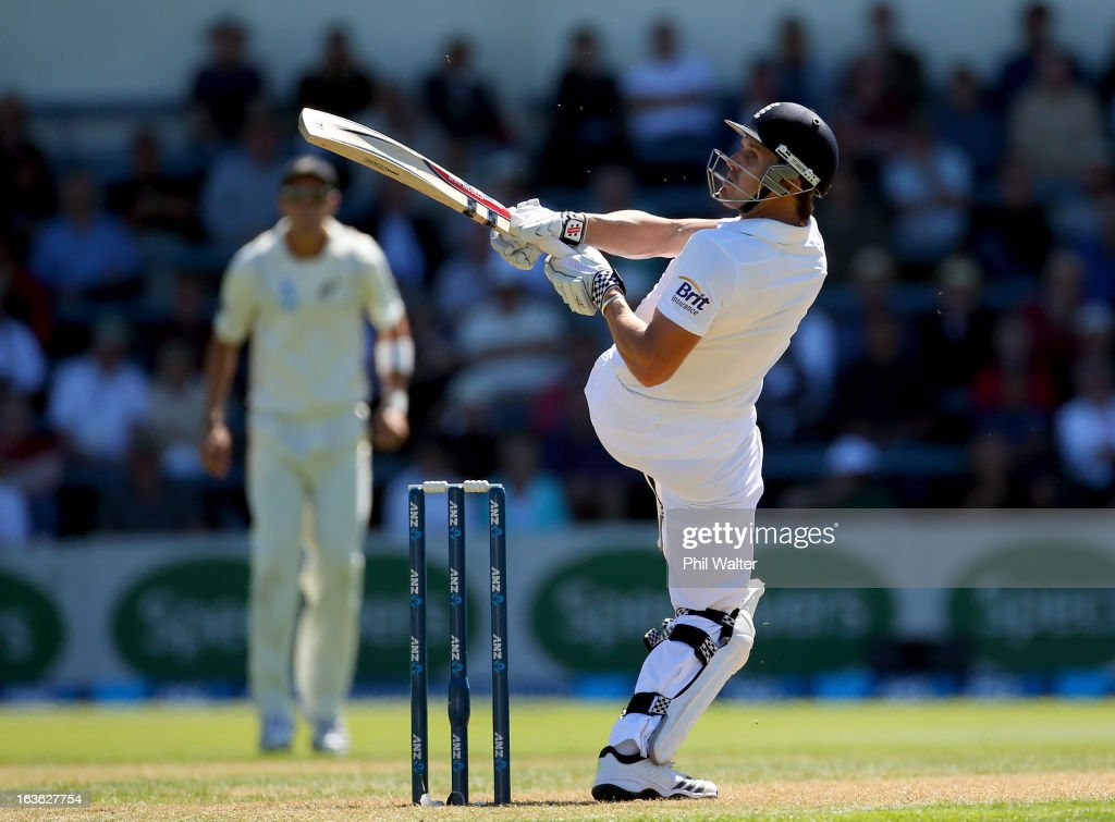 <a gi-track='captionPersonalityLinkClicked' href=/galleries/search?phrase=Nick+Compton&family=editorial&specificpeople=654760 ng-click='$event.stopPropagation()'>Nick Compton</a> of England bats during day one of the Second Test match between New Zealand and England at the Basin Reserve on March 14, 2013 in Wellington, New Zealand.