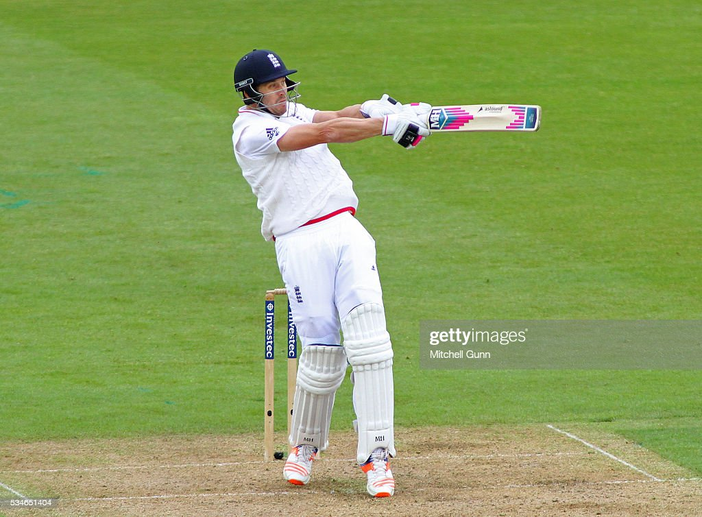 <a gi-track='captionPersonalityLinkClicked' href=/galleries/search?phrase=Nick+Compton&family=editorial&specificpeople=654760 ng-click='$event.stopPropagation()'>Nick Compton</a> of England hits the ball and is caught out during day one of the 2nd Investec Test match between England and Sri Lanka at Emirates Durham ICG on May 27, 2016 in Chester-le-Street, United Kingdom.