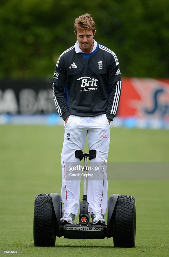 <a gi-track='captionPersonalityLinkClicked' href=/galleries/search?phrase=Nick+Compton&family=editorial&specificpeople=654760 ng-click='$event.stopPropagation()'>Nick Compton</a> of England rides a segwag as rain delays play during day one of the First Test match between New Zealand and England at University Oval on March 6, 2013 in Dunedin, New Zealand.